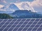 พลังงานแสงอาทิตย์และแบตเตอรี่สะอาดกว่าถ่านหินถึงสิบเท่า